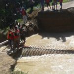 Jalan Trans Sulawesi Terputus PU Mateng Lakukan Penanganan Bersama TNI