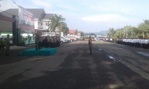 Sambut Kedatangan Jokowi TNI / POLRI Laksanakan Gelar Pasukan